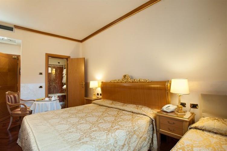 Dreibettzimmer marconi hotel mailand